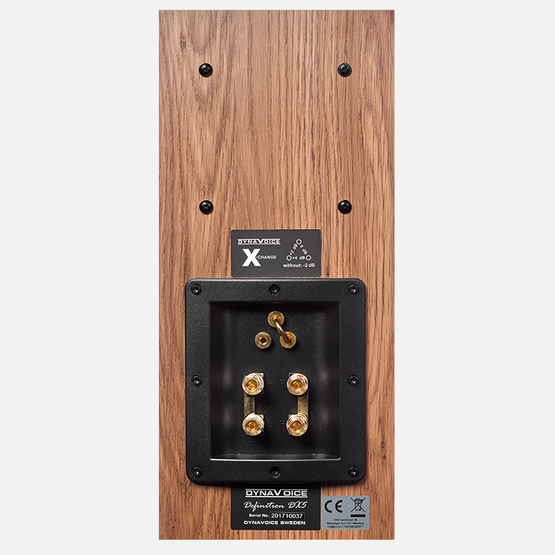 Definition DX 5 In The Group Bookshelf Speakers At Dynavoice 990DX5